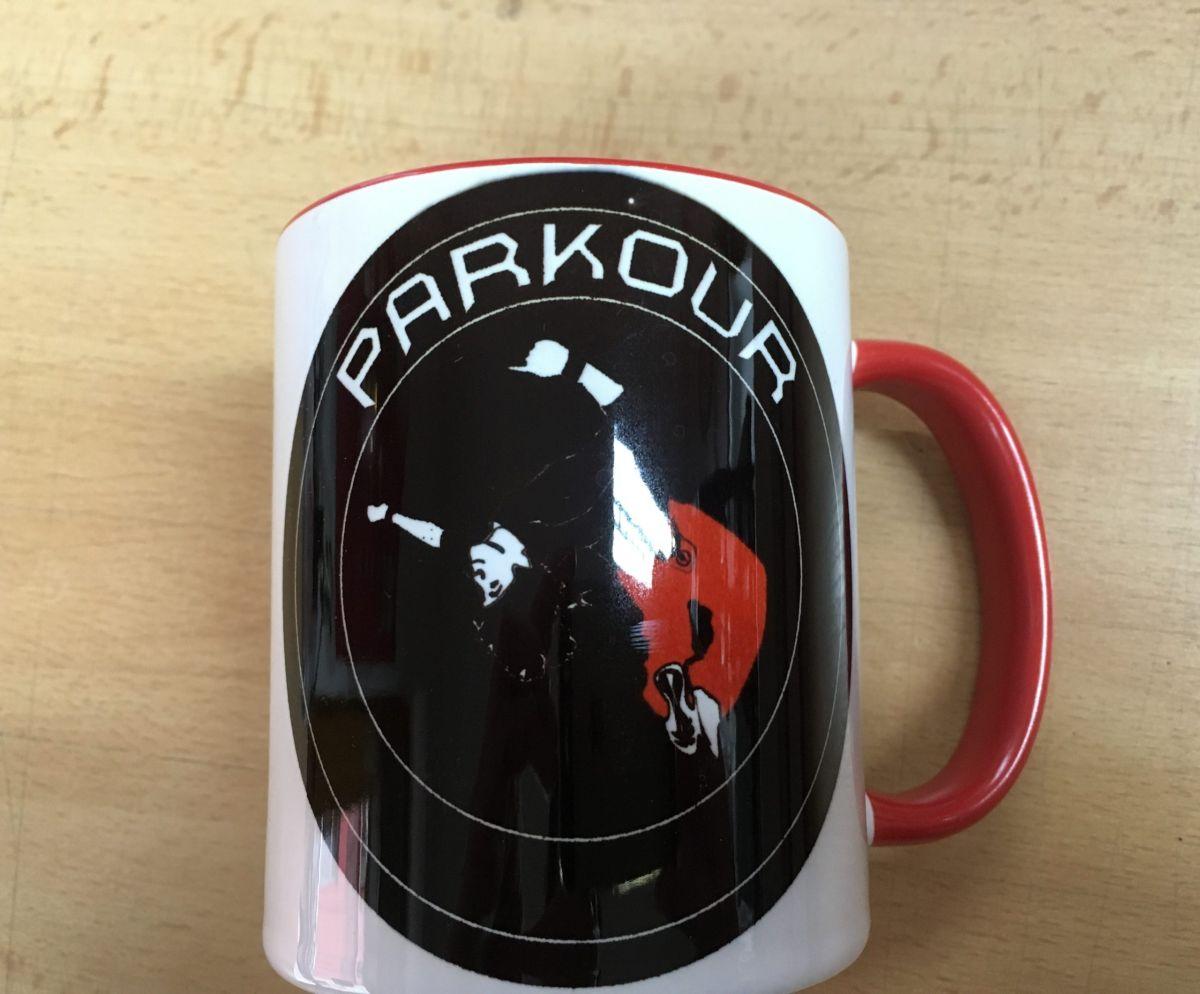 Hrnek s logem Parkour